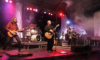 2006. Nagykoncert Egerben