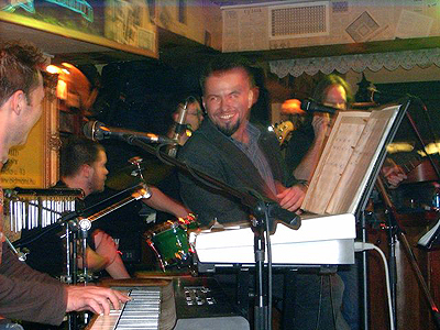 2006. Pub-koncertek