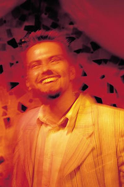 2001. A Café lemez címlapjához