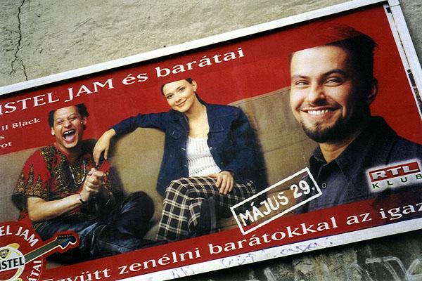 2002. Májusban tele volt a város az AmstelJam koncert hírével...