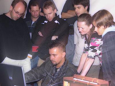 2004. Pierrot vendége volt a Mensa HingarIQa
